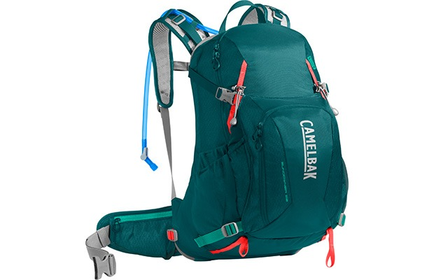 Best Backpacks: Camelbak Sundowner LR 22
