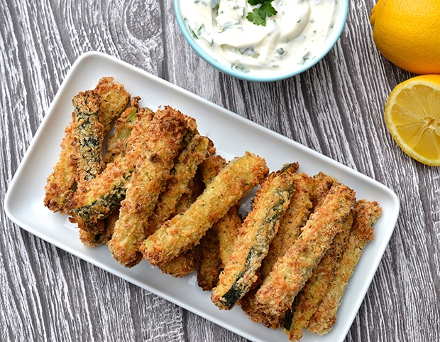 Healthy Super Bowl Snacks: Baked Zucchini Fries Recipe