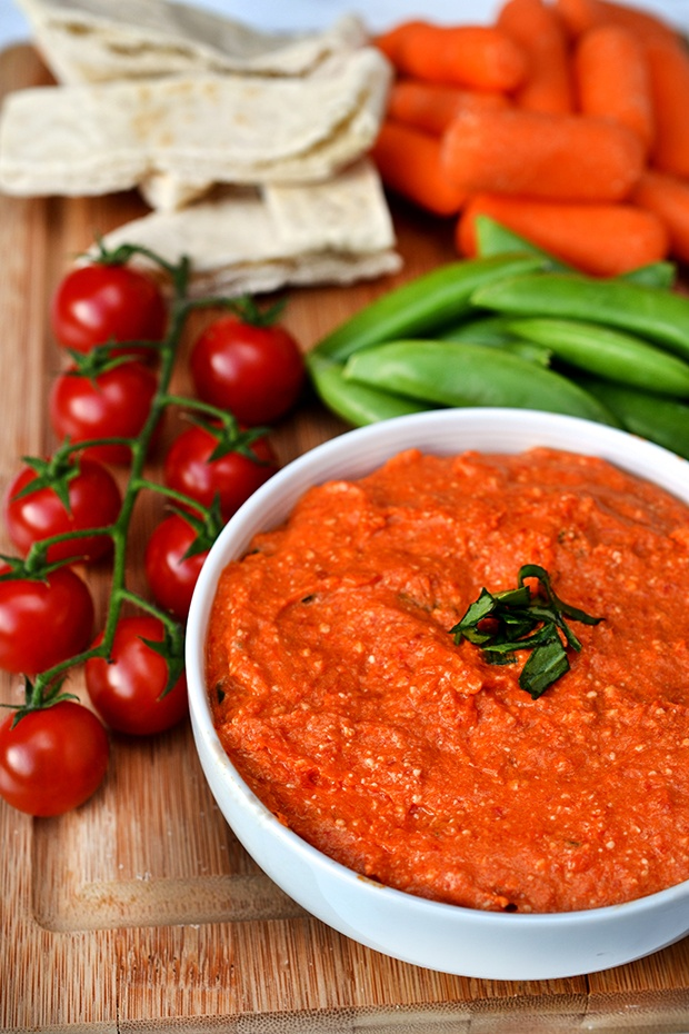 Healthy Super Bowl Snacks: Spicy Red Pepper Dip