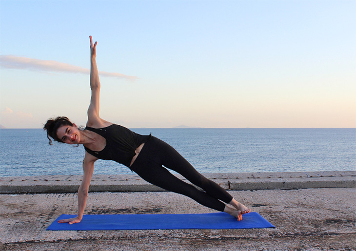 Side-Plank-Pose